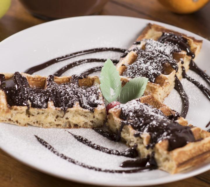 le patacrêpe si bonne Gaufre au Nutella ou chocolat noir ou blanc ou caramel beurre salé